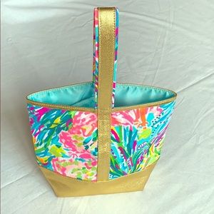 Lily Pulitzer Wine Bottle Tote. Gold & aqua floral
